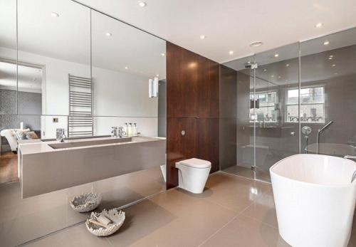 Magnificent Apartment Central Singapore 4 Bedroom, Rochor