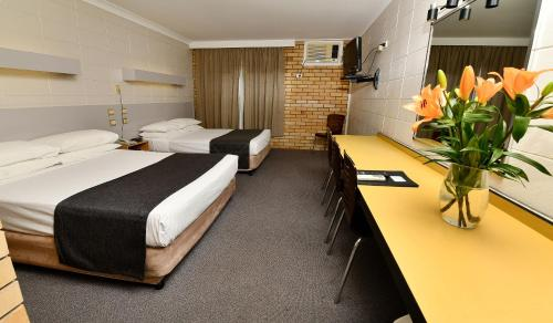 Фото отеля MAS Country Burke & Wills Motor Inn Moree