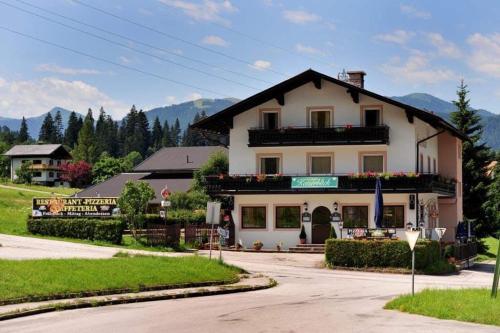 Gasthof Kaiserblick - Accommodation - Itter