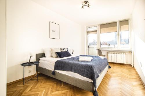 Warsaw Solec Apartment