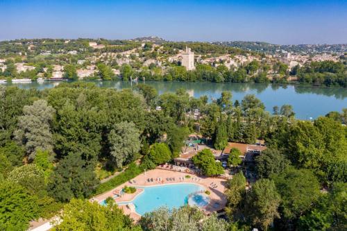 Camping du Pont d'Avignon - Camping - Avignon
