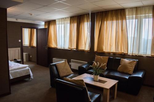 Park Hotel Moskva - Photo 8 of 73