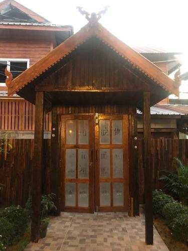 เรือนกระดังงา Kradangnga Lodge เรือนกระดังงา Kradangnga Lodge