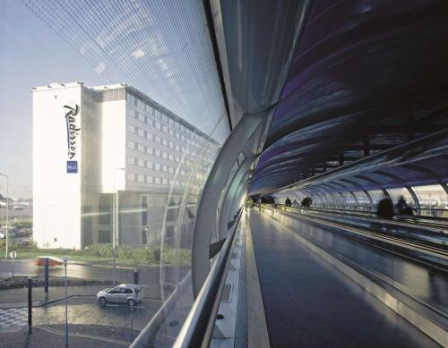 Radisson Blu Manchester Airport, Manchester Airport