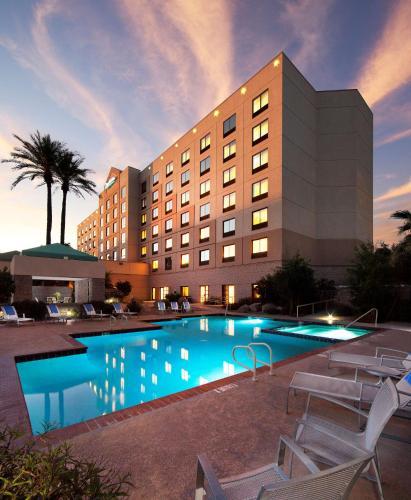 Radisson Hotel Phoenix Airport - Phoenix, AZ AZ 85008