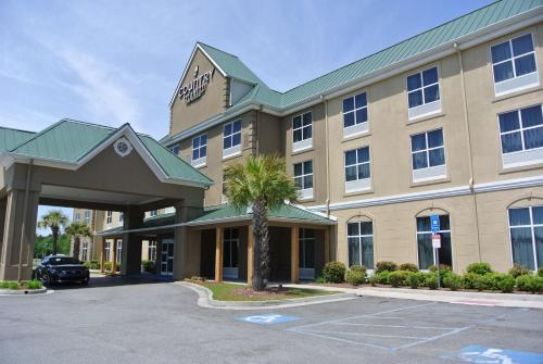 Country Inn & Suites by Radisson Savannah Airport GA