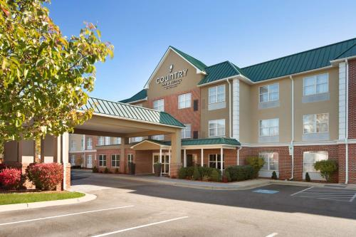 . Country Inn & Suites by Radisson, Camp Springs (Andrews Air Force Base), MD