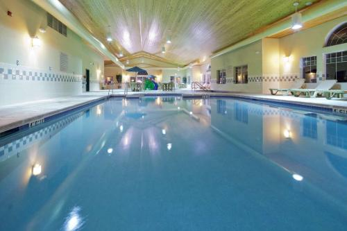 Country Inn & Suites by Radisson, Green Bay East, WI - Hotel - Green Bay