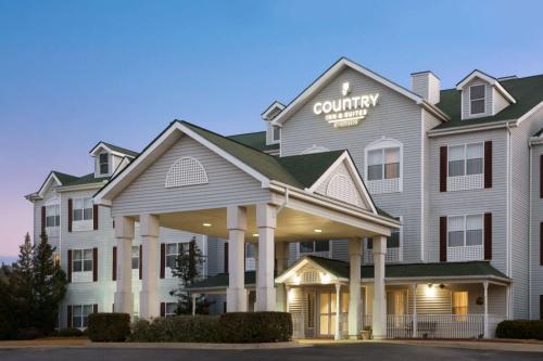 . Country Inn & Suites by Radisson, Columbus, GA