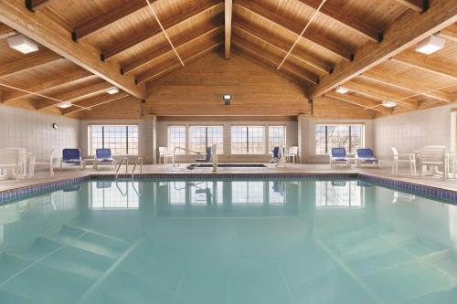 Country Inn & Suites by Radisson, Billings, MT - Hotel - Billings