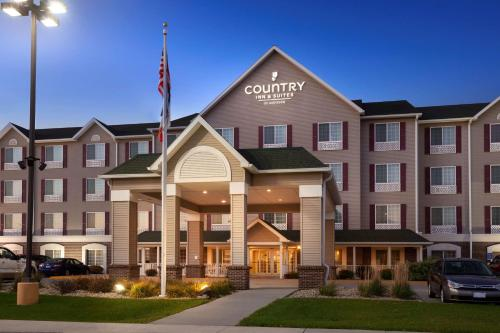 Фото отеля Country Inn & Suites by Radisson, Northwood, IA
