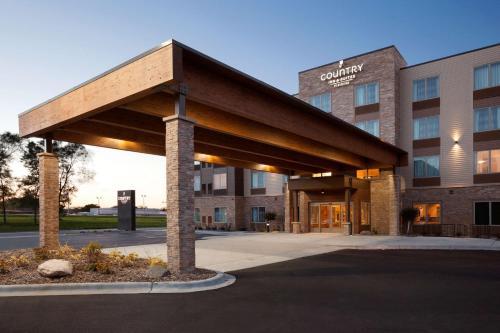 . Country Inn & Suites by Radisson, Roseville, MN