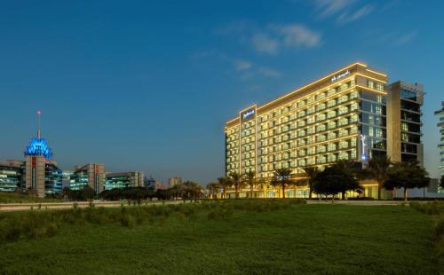 Radisson Blu Hotel Apartment Dubai Silicon Oasis – Dubai 1