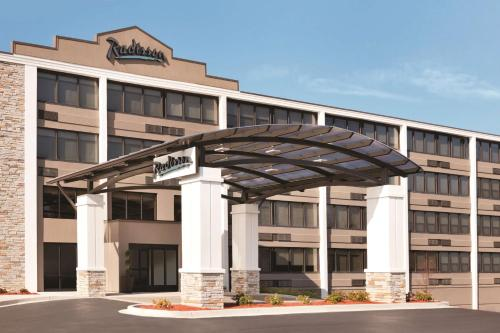 Radisson Hotel Charlotte Airport - Charlotte