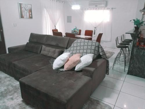 LINDA CASA ESPAÇOSA E COM EXCELENTE LOCALIZAÇÃO! (Photo from Booking.com)