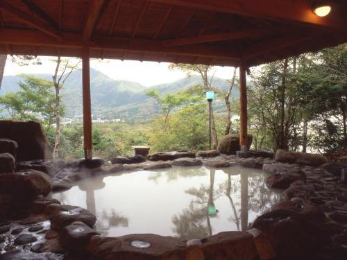 森克約羅日式旅館