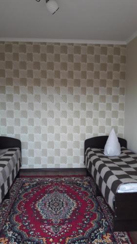 Bubujamal Guest House, Togus-Toro