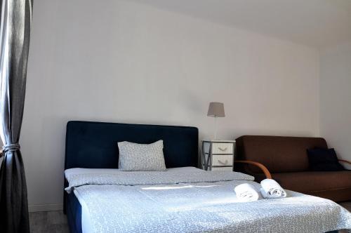 . Prudentia Apartments Anin