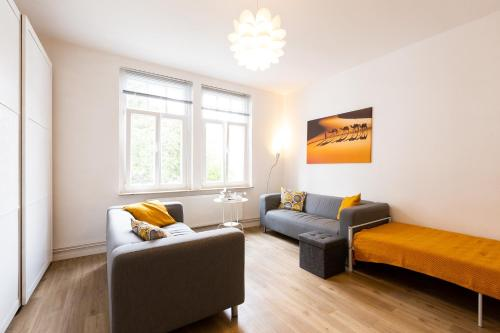 . ZV2001 Private Apartments & Rooms Hannover City - room agency