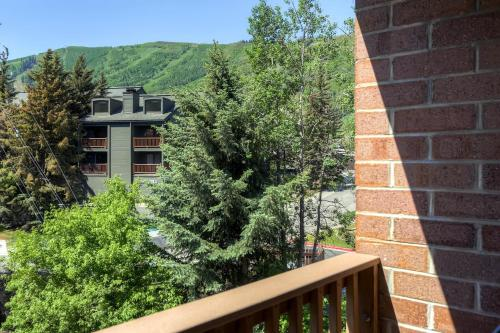 Silvertown 418 by Park City Lodging Main image 1