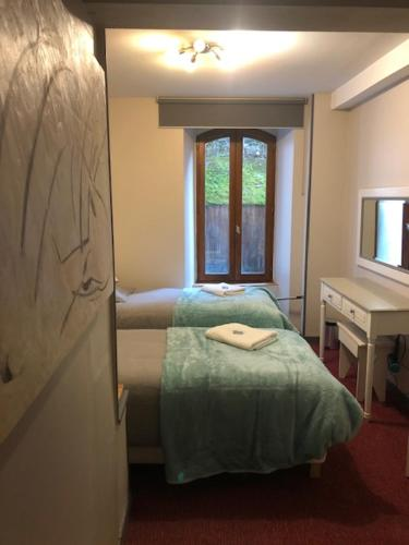 Double or Twin Room with Garden View