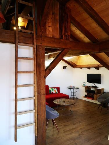 Petit Chalet Vieux Bois - Apartment - Bozel