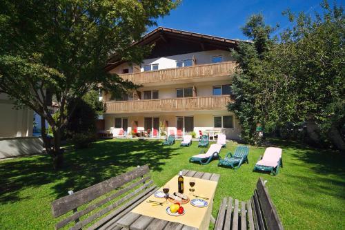 . Alpina Residence