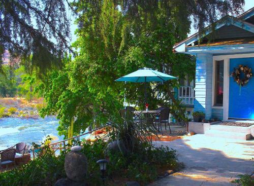 . Rio Sierra Riverhouse