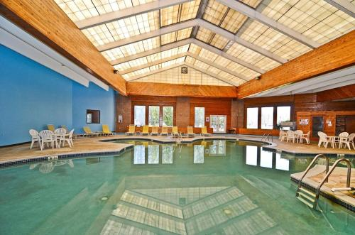 . Pocono Resort & Conference Center - Pocono Mountains