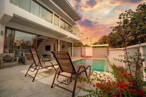 OUR LOVELY VILLA CERISE Perfect location and Amazing Sunset, 5mn fro OUR LOVELY VILLA CERISE Perfect location and Amazing Sunset, 5mn from the beach