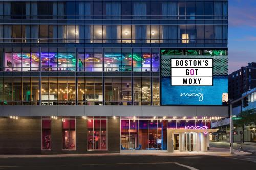 . Moxy Boston Downtown