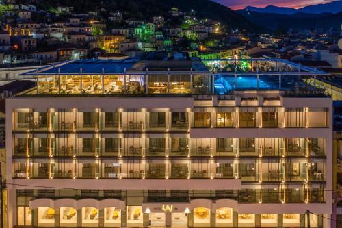 . LAS HOTEL & SPA