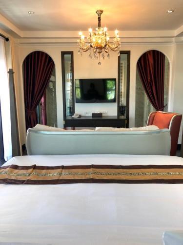 Nanta Glam CM Hotel & Residences