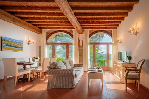 . Florence Country Residence
