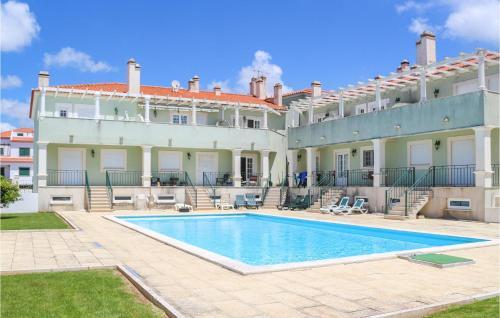 . Beautiful apartment in Praia da Areia Bra w/ Outdoor swimming pool, Outdoor swimming pool and 2 Bedrooms