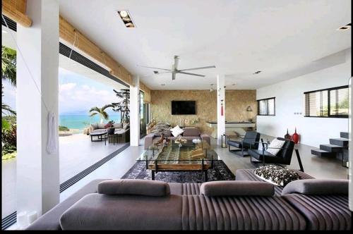 Luxury 4 Bedroom/4 Bathroom Beach Villa Kallaya Luxury 4 Bedroom/4 Bathroom Beach Villa Kallaya