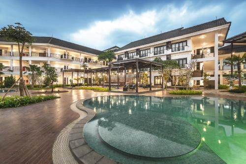 . Lido Lake Resort by MNC Hotel