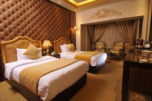 Golden Inn Hotel - image 3
