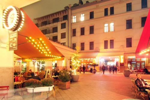 Hotel Gozsdu Court photo 2
