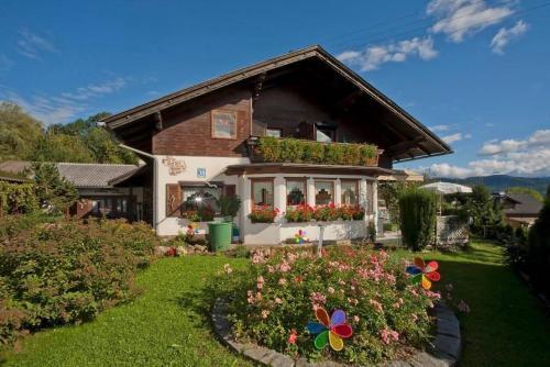 Gästehaus auf der Höhe, Pension in Keutschach am See