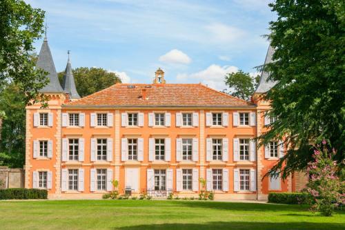 Beziers Chateau Sleeps 20 Pool WiFi - Location saisonnière - Béziers