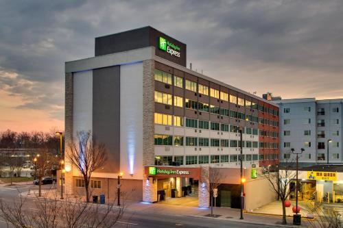 . Holiday Inn Express Washington DC Silver Spring, an IHG Hotel