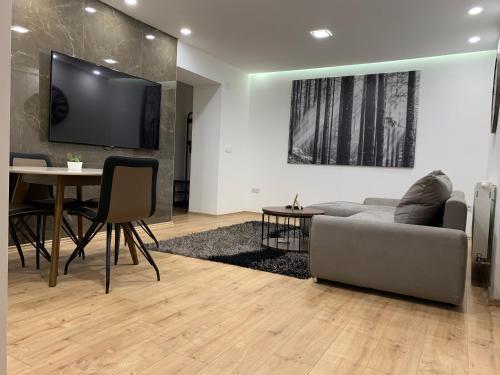 BLACK APARTMENT by ALEX RAFAEL - Apartment - Zagreb