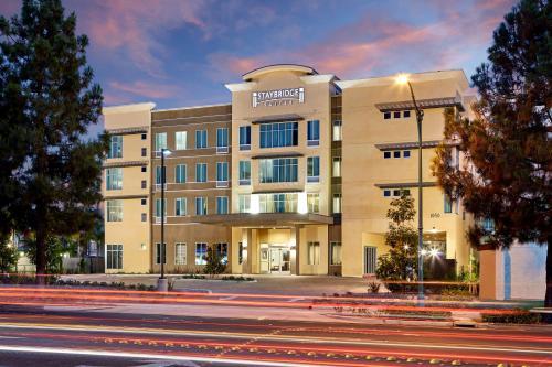 . Staybridge Suites Anaheim At The Park