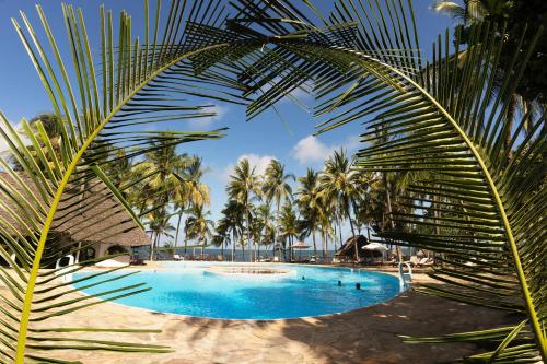 . Sandies Tropical Village
