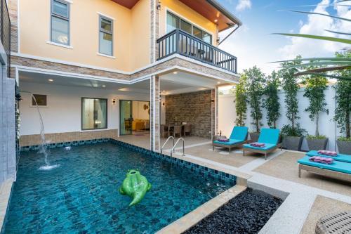 New Pool Villa near Beach l King beds & Parking New Pool Villa near Beach l King beds & Parking