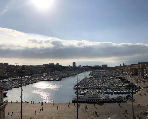 New Hotel Le Quai - Vieux Port - Hôtel - Marseille