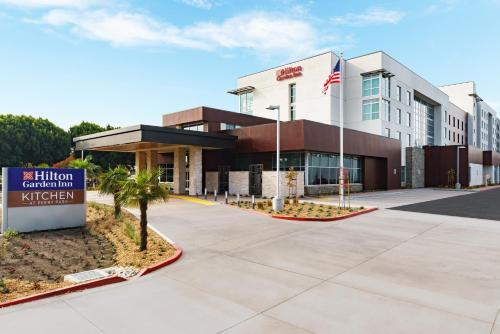 . Hilton Garden Inn Sunnyvale