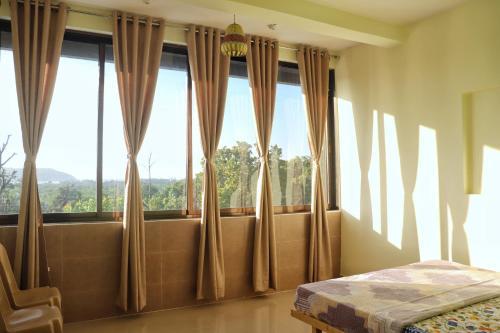 . Hotel New Konkan