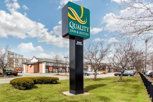 Quality Inn&Suites Toronto West 401-Dixie - Hotel - Mississauga